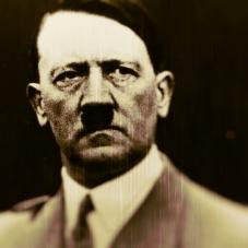 Adolf-Hitler_Fotor